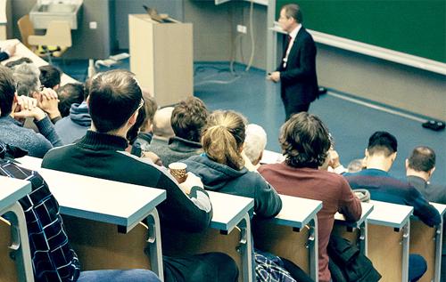 Egyetemisták, főiskolások támogatása